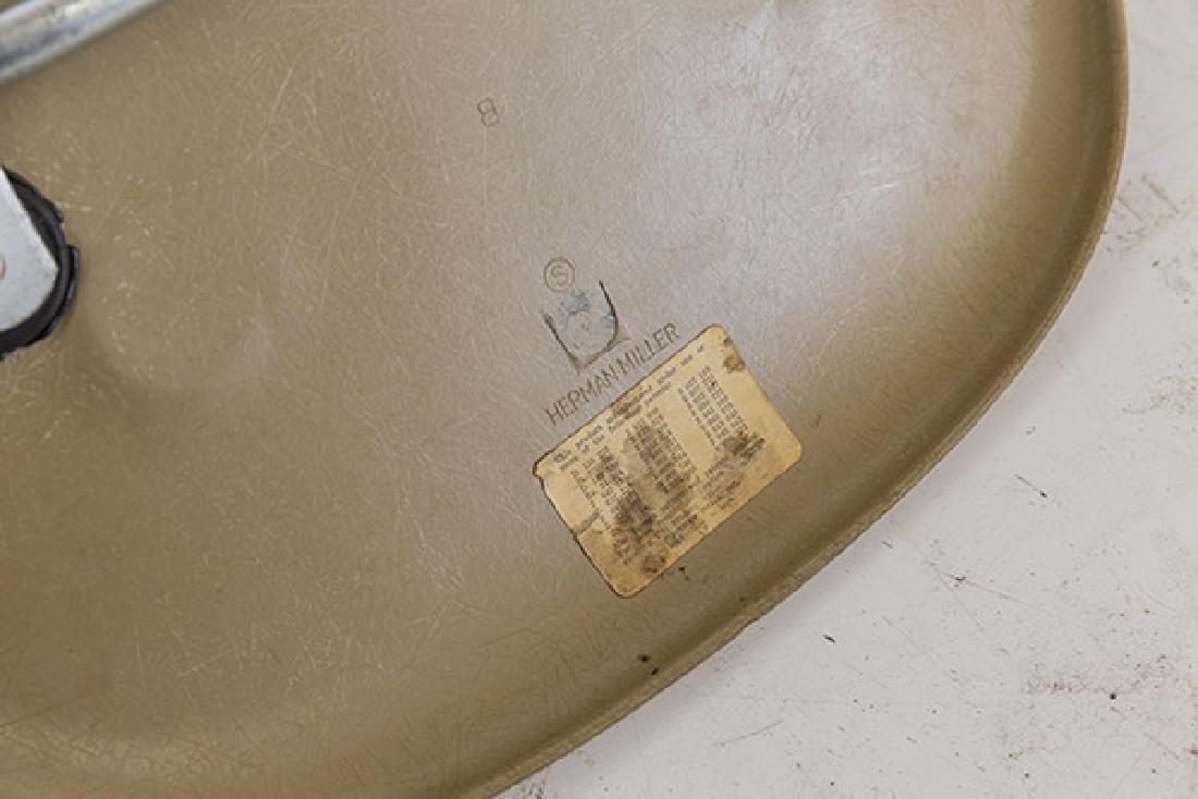 Charles & Ray Eames Side Shells - 5