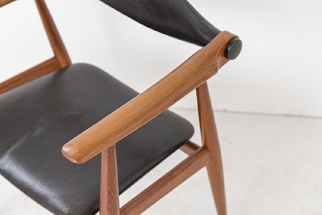 Hans J Wegner Chairs Model CH 34 - 3