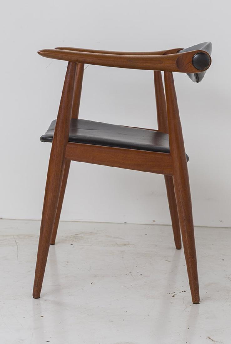 Hans J Wegner Chairs Model CH 34 - 6