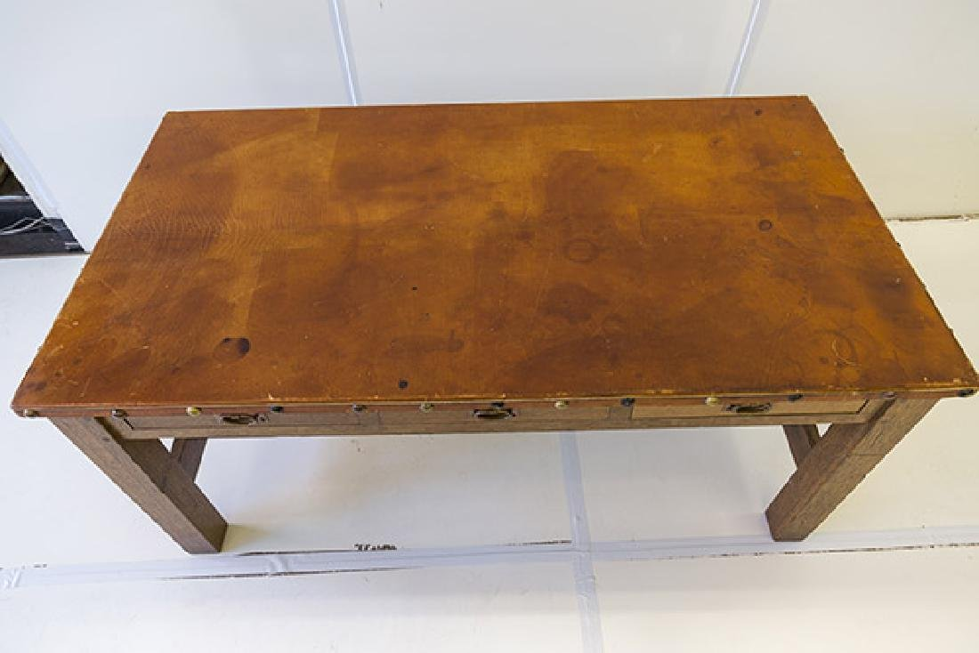 Gustav Stickely Library Table #619 - 2