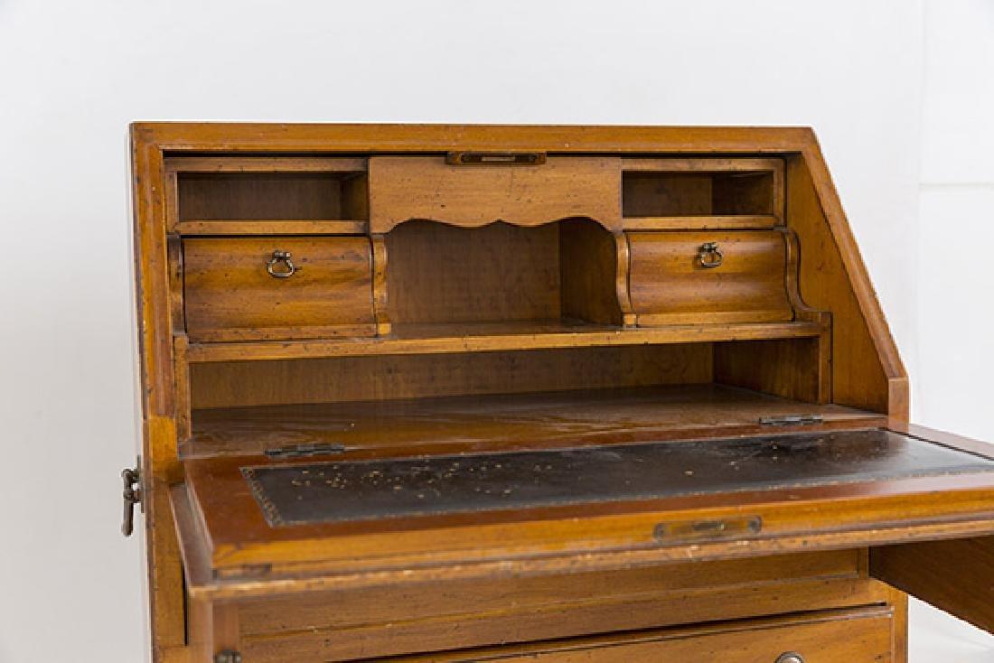 Miniature Chippendale Desk 20th Century - 6