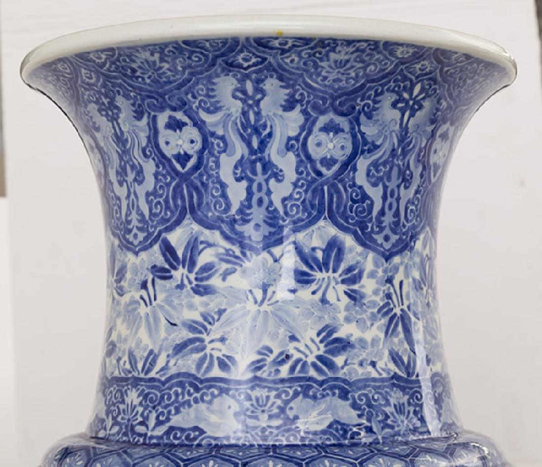 Fine 19th Century Imari Palace Vase - 3