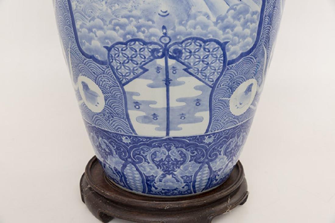 Fine 19th Century Imari Palace Vase - 4