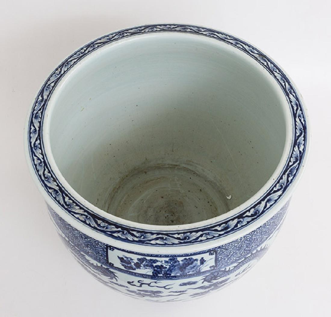 19th Century Chinese Export Imari Fish Bowl - 5