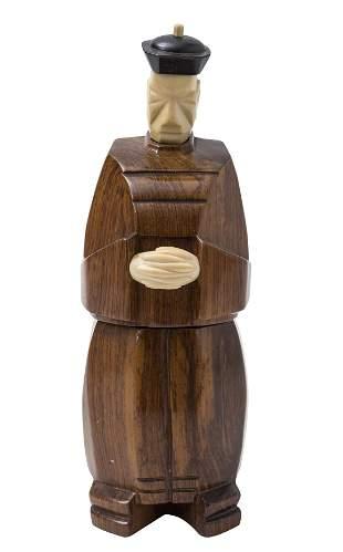 Cubist Movement Japanese Figural Box