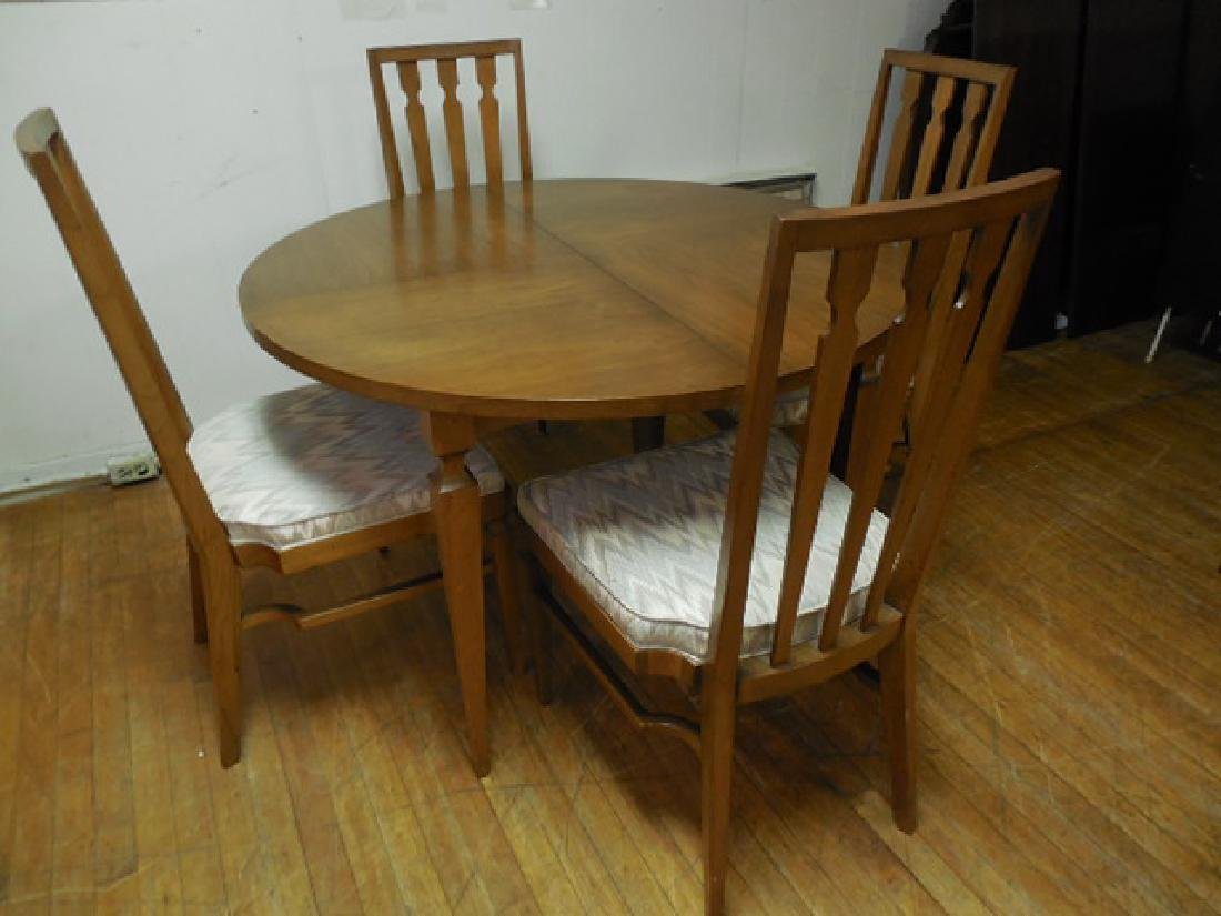 John Stuart Round Table Dining Table & 4 Chairs