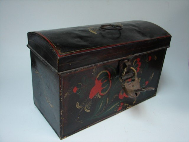 71: Toleware Box w/Lock