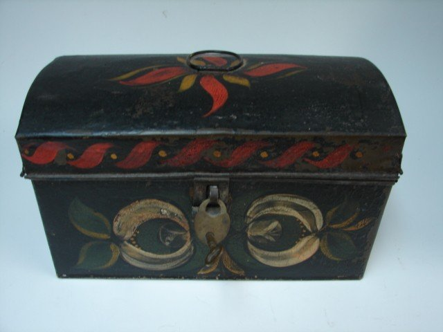 72: Toleware Box w/Lock