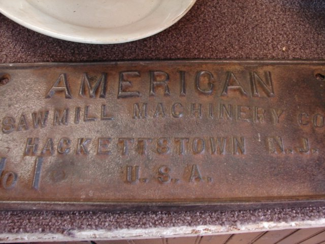 9: Cast Iron, Manufactures sign