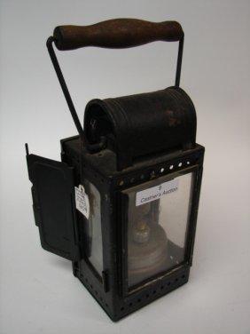 Barn Lamp/Lantern