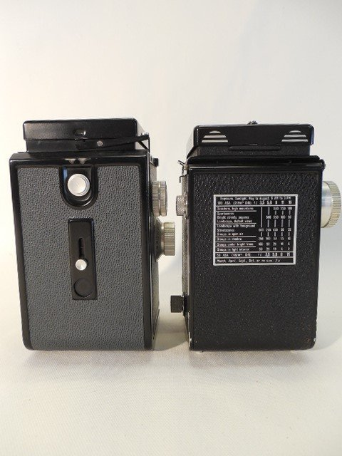2 Cameras, Rolleicord Compur Rapid & Gradlex 22 - 3