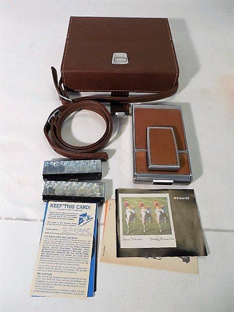 1973 Polaroid SX-70 Land Camera w/Orig Leather Case