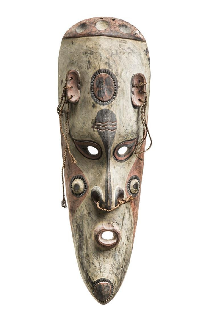 Canoe shield mask, 2nd half of the 20th century;