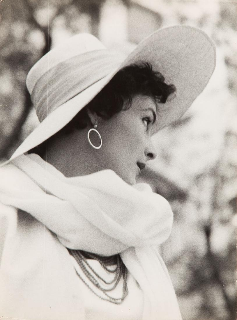 Milton H. Greene (1922 - 1985) Nellie Nyad