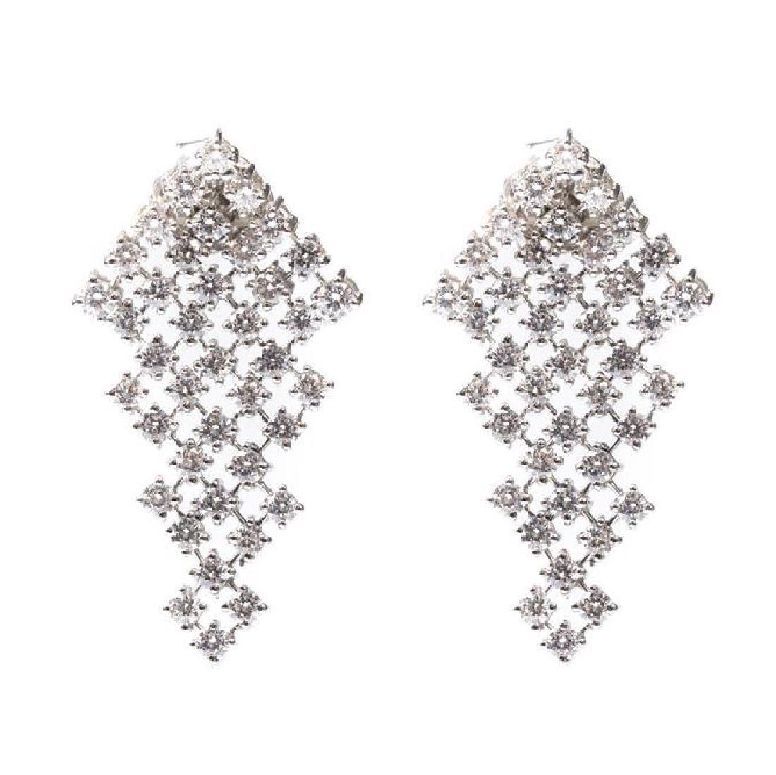 Pair of earrings with diamonds, 21st Century