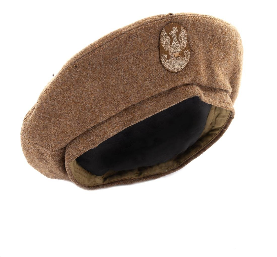 Soldiers' beret for women serving in the Polish Armed