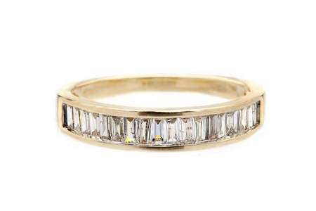 Diamond ring, 20th/21th Century, 0.585 yellow gold, 18
