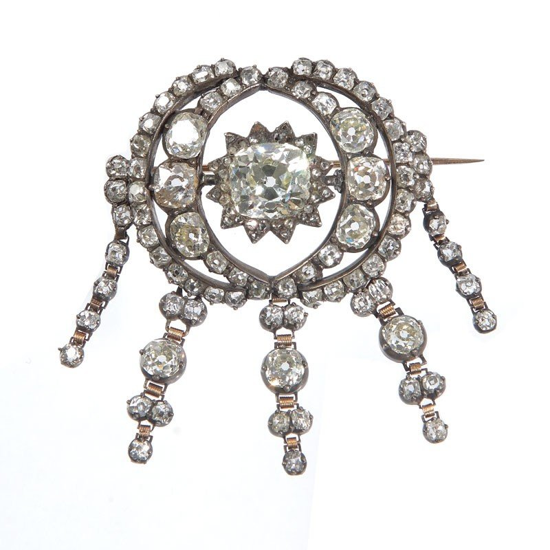 32: Diamond brooch