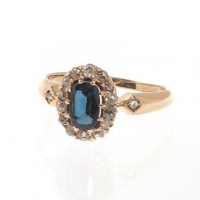 7: ring with sapphire, XIX/XX th century gold  ~ 0,585,
