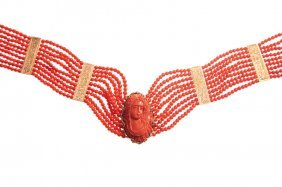23: coral necklace, cameo, gold  ~ 0,750, mass: 60,95 g