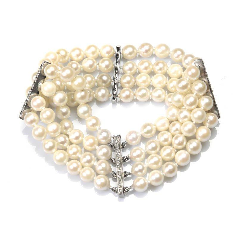 6: Pearl bracelet half of XX century 4 strings of cultu