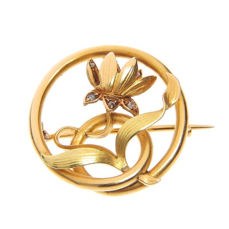 15: Brooch in the shape of a flower  XIX/XX century gol
