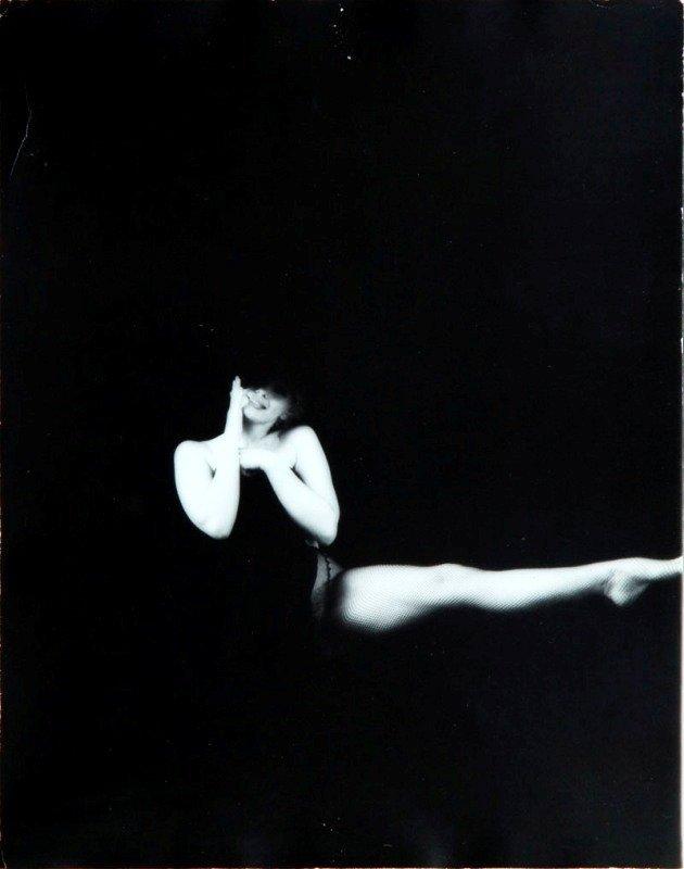 12: Milton H. Greene (1922 New York - 1985 Los Angeles)