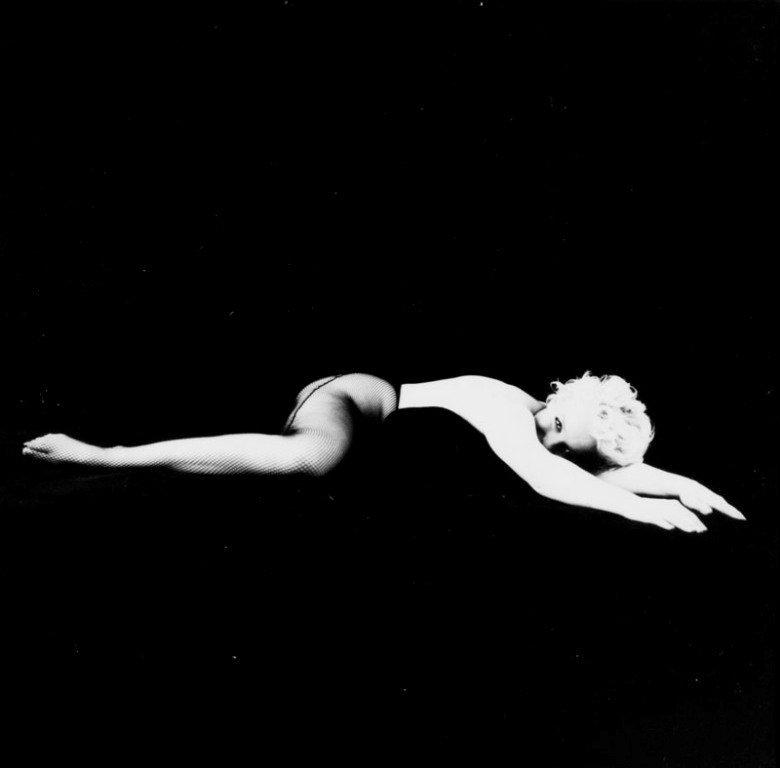 16: Milton H. Greene (1922 New York - 1985 Los Angeles)