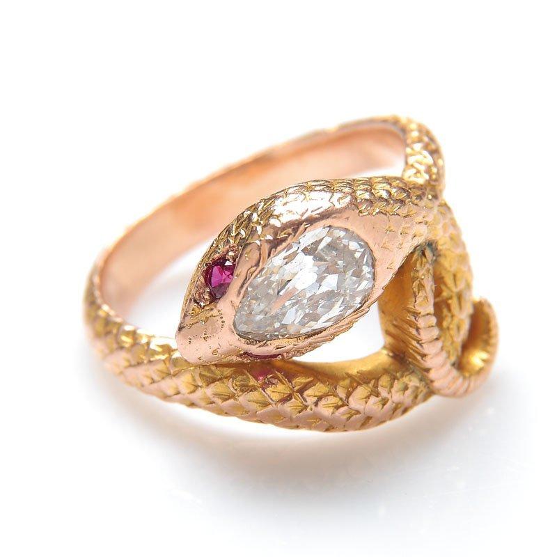 """6: Ring, XIX th century gold   """"4"""" (~ 0,500), 1 diamond"""