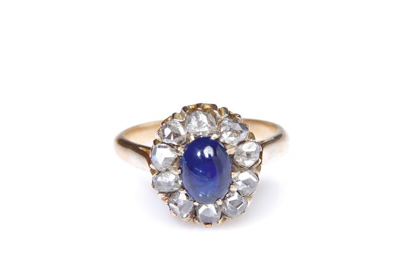 13: Sapphire ring, end of XIX th century gold   ~ 0,585