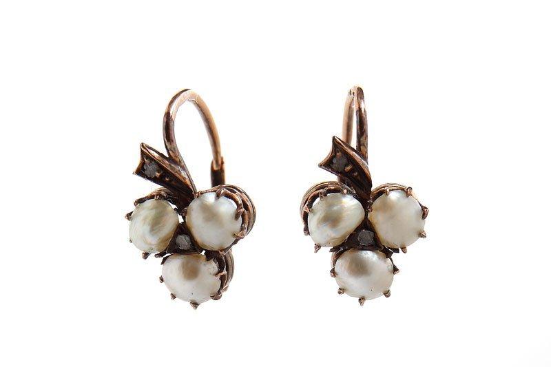 "15: Earrings, Austria, XIX th century gold   ""4"" (0,585"