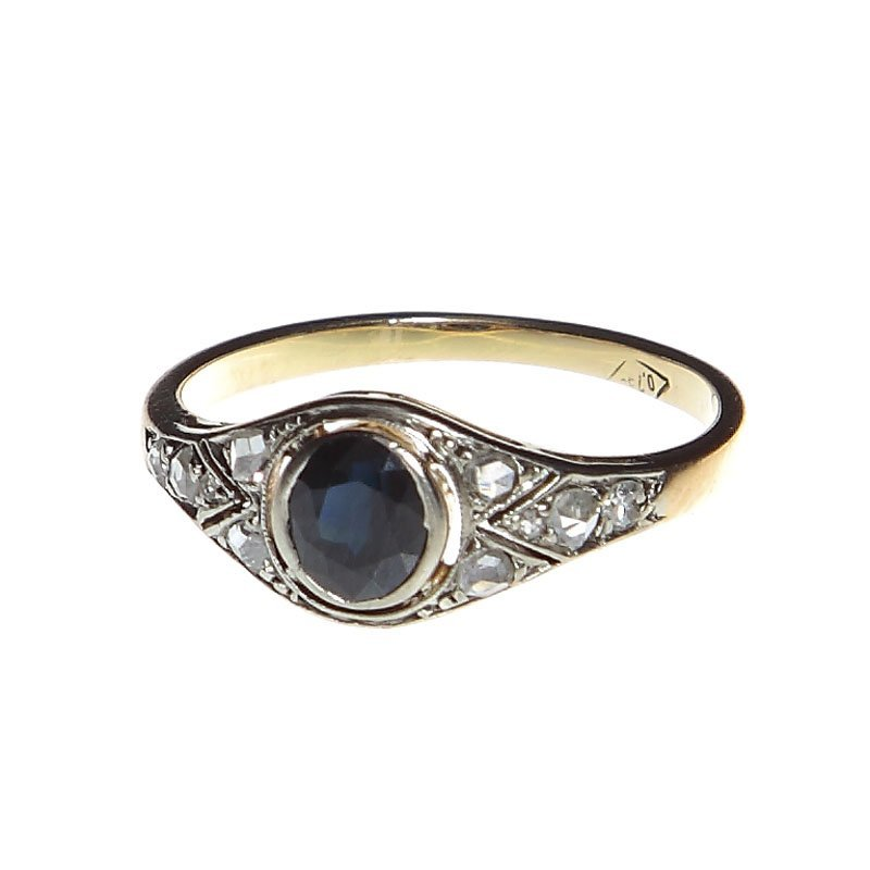 8  Ring with a sapphire, Poland, 20-30-ties xxth centur