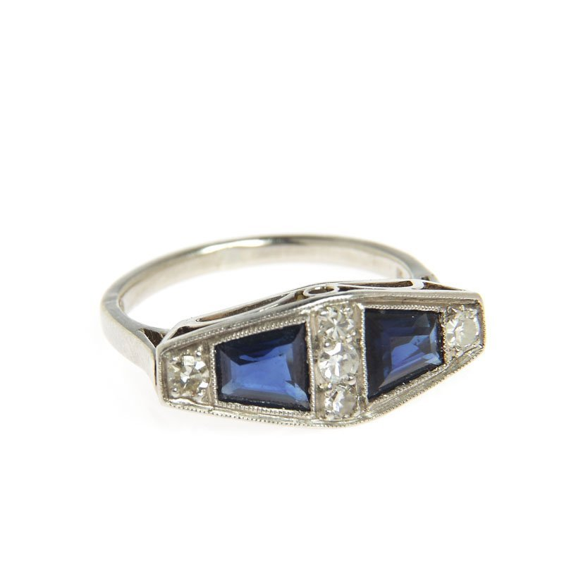 Ring with sapphires, 30.-ties XX th century gold ~ 0