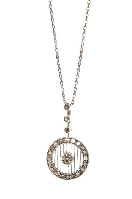 Pendant art déco, circa 1930 silver, 1 diamond ~ 0,28 c