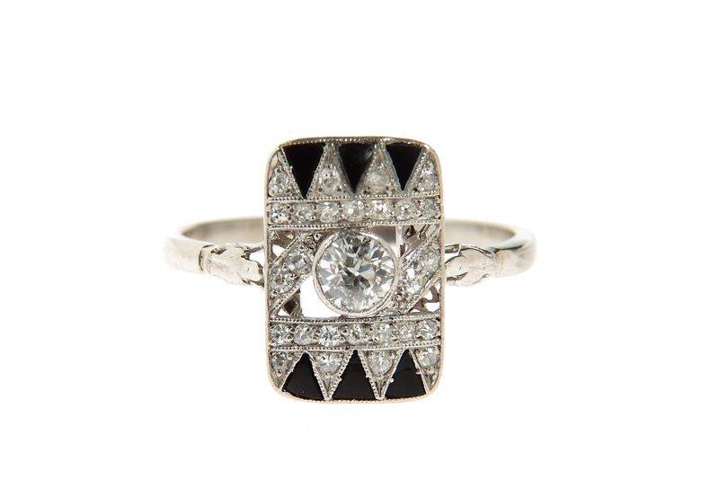 Art déco ring, circa 1920 platinum 0,950, 1 diamond ~ 0