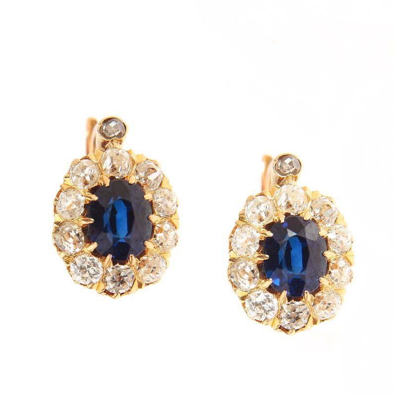 Earrings with sapphires, France, beginning of XX th cen