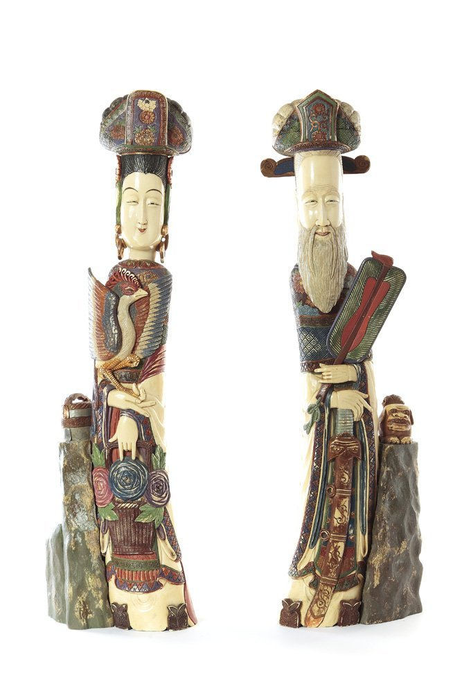 Chinese couple, XIX/XX c., Painted ivory, height 62,5 c