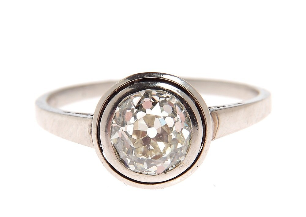 Ring, circa 1920-1930 platinum 0,950, 1 diamond ~ 1,34