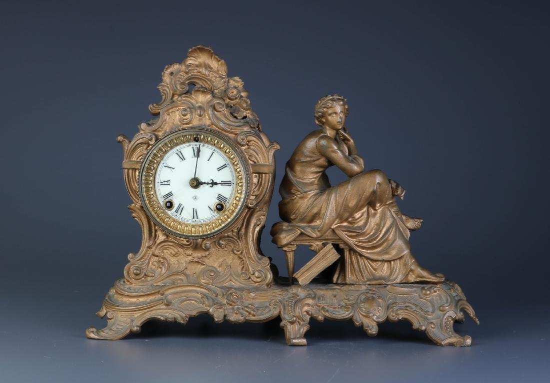 European/America Bronze Clock w/ Key