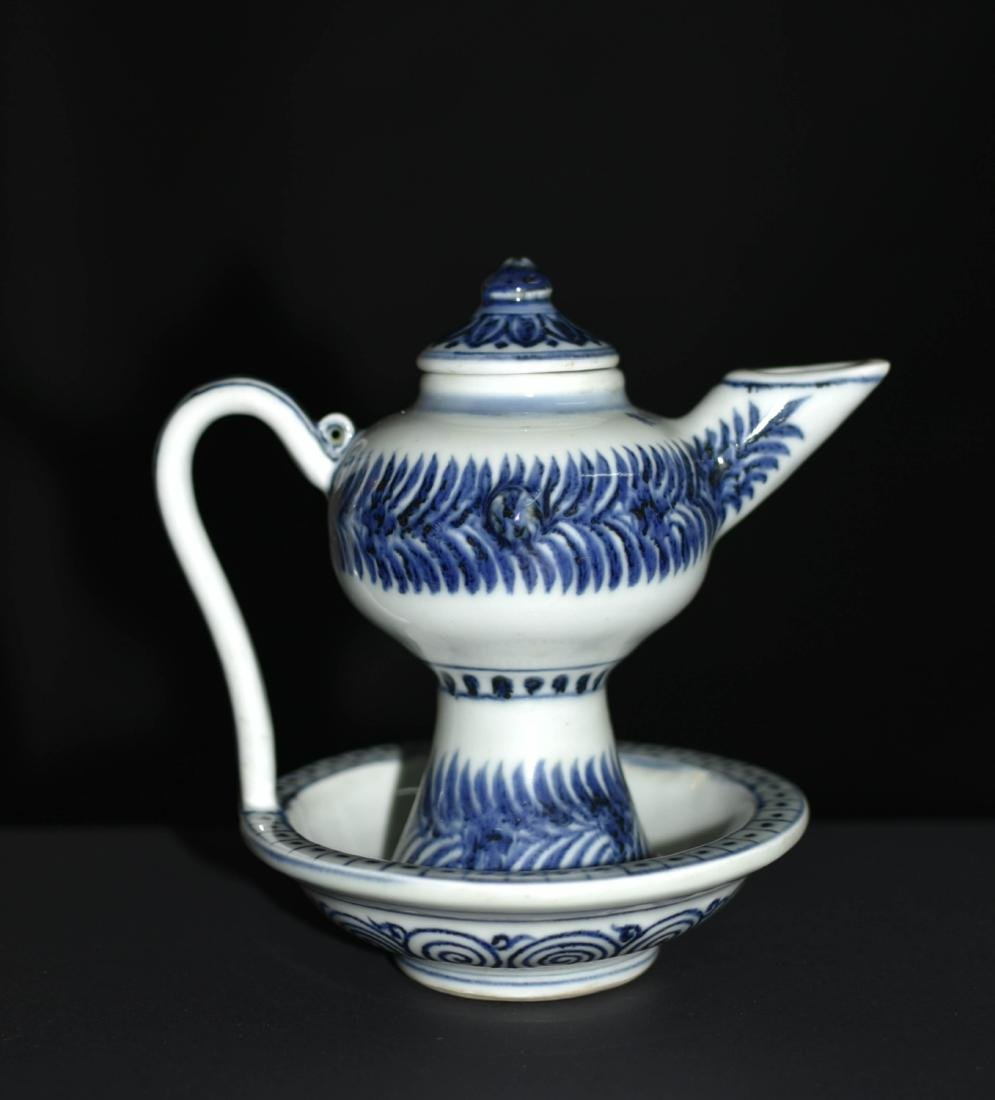 Chinese Blue And White Porcelain Pot - 3