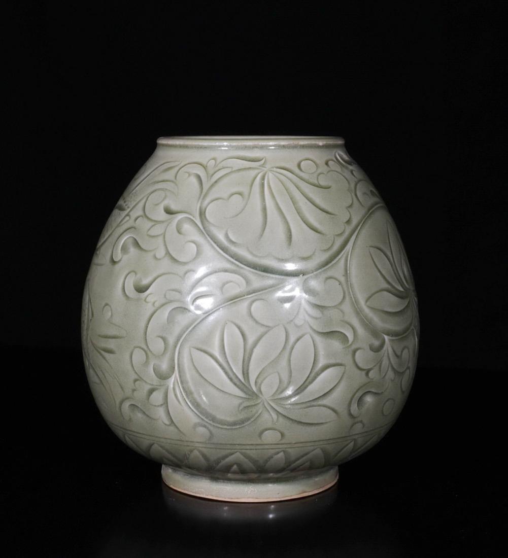 Chinese Yao Zhou Porcelain Jar