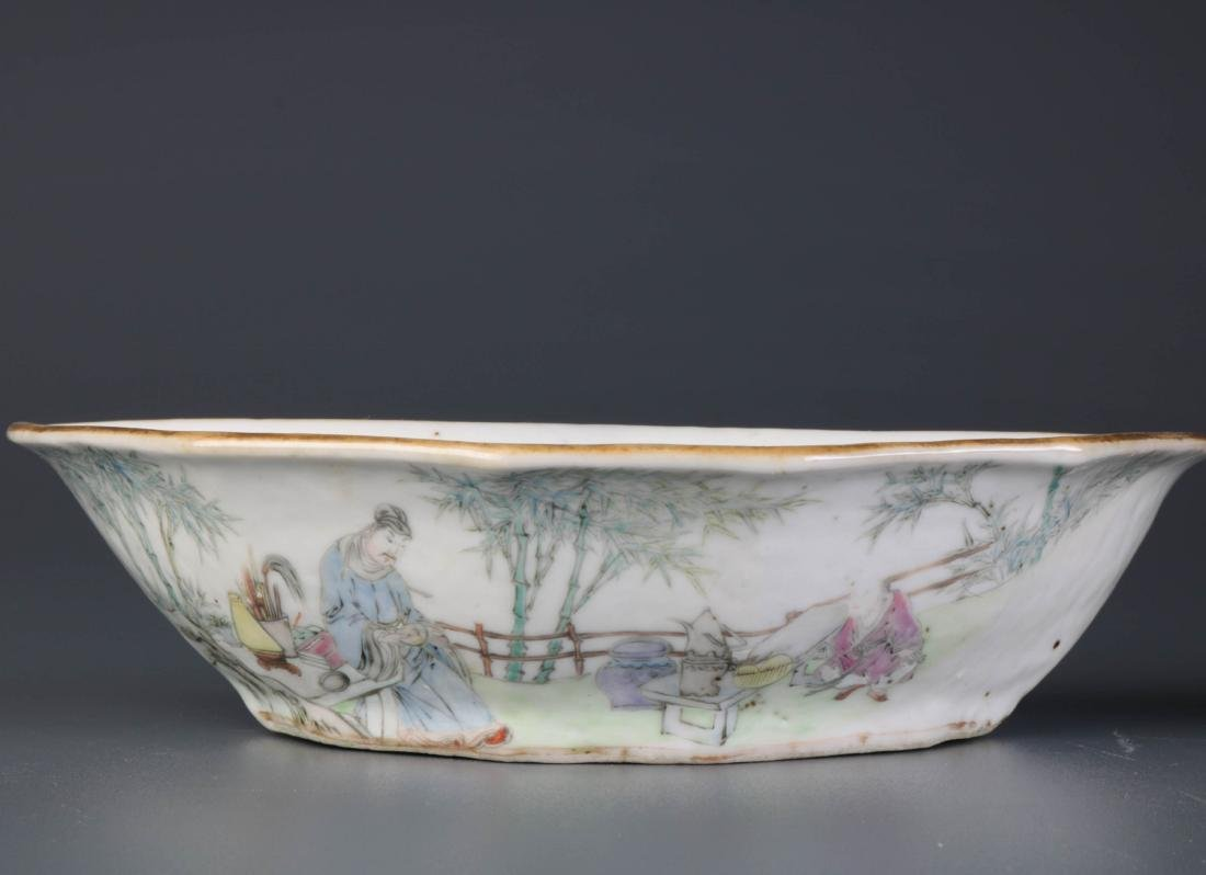 Pair of Chinese Porcelain Dishes, By Yu Ziming - 4