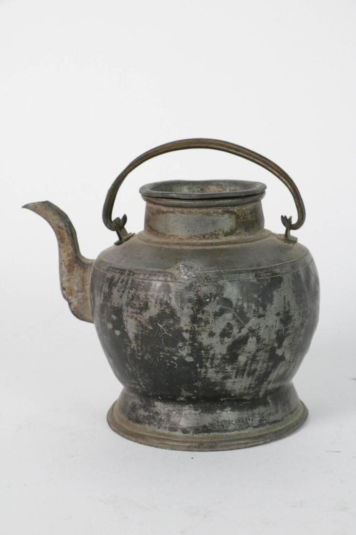 Chinese Power teapot with Drum Design
