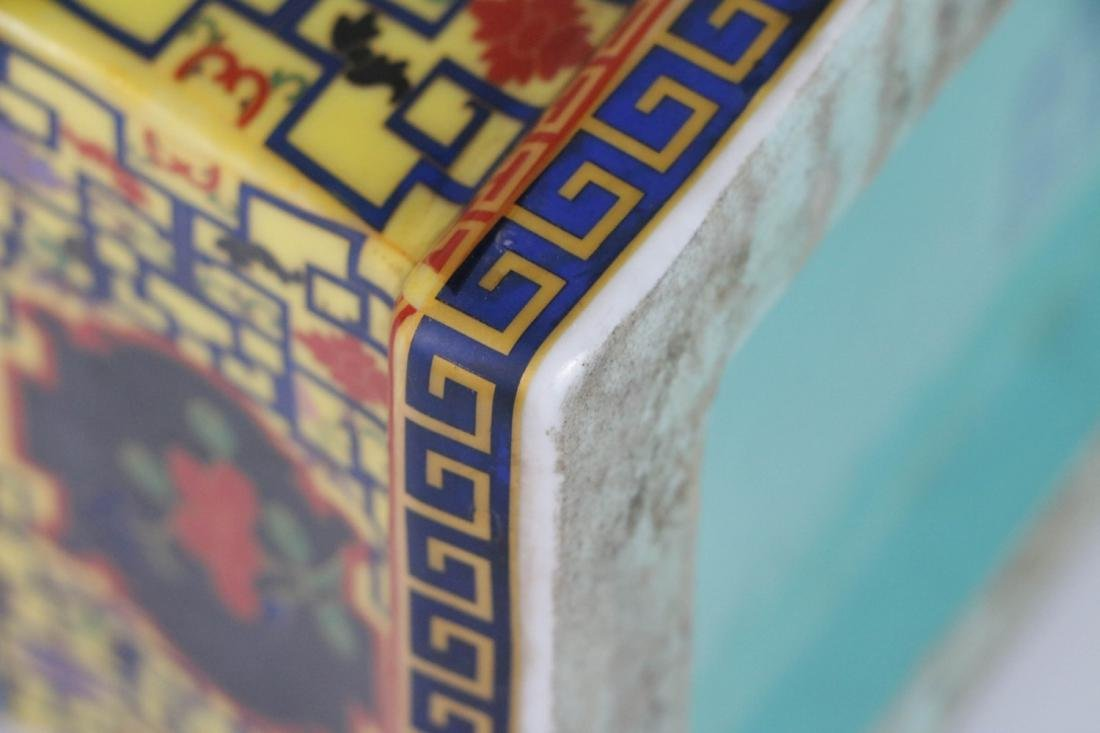 Chinese porcelain vase with marked - 7