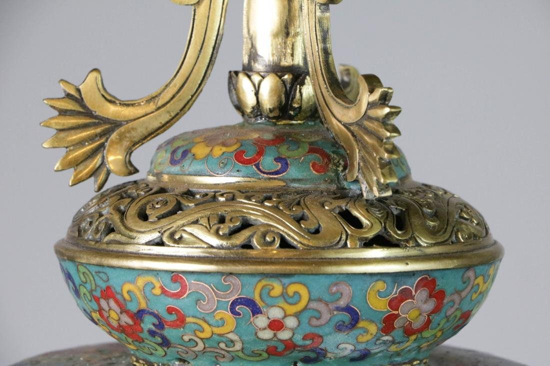 Chinese enameled bronze lamp - 10