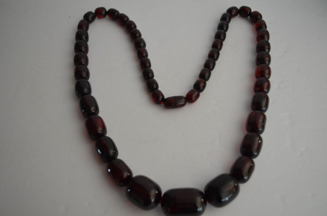 Old Cherry Amber Necklace