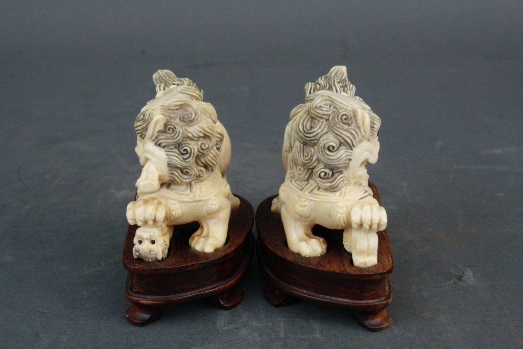 39: Pair of Carved Ivory Foo Lions - 3