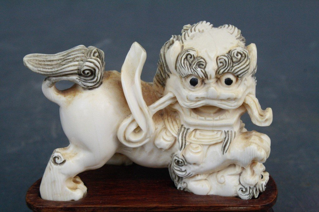 39: Pair of Carved Ivory Foo Lions - 5