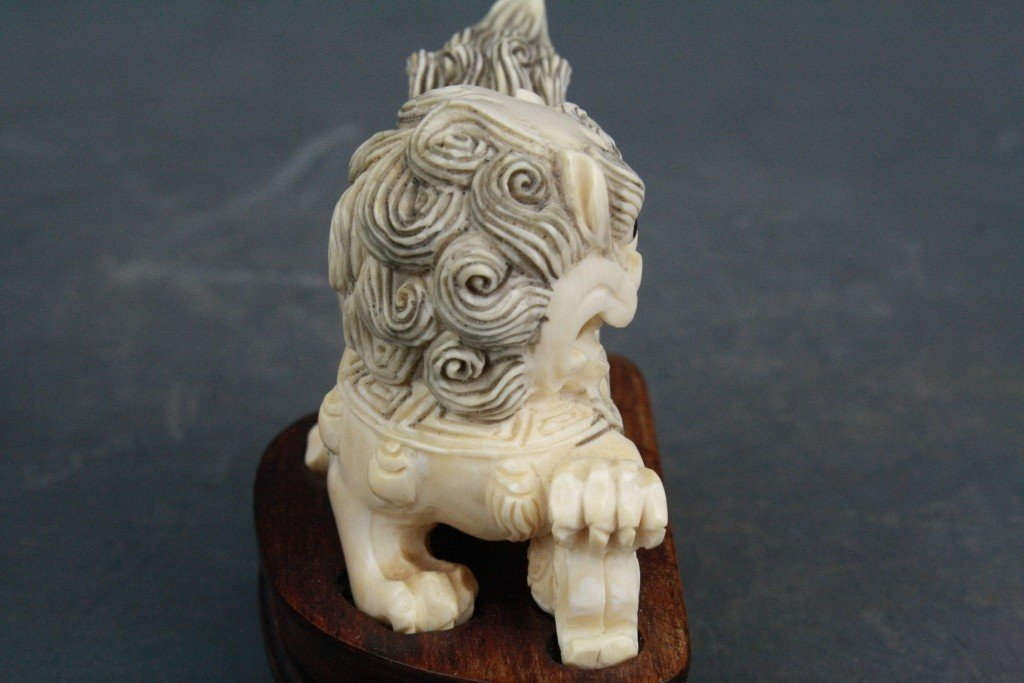 39: Pair of Carved Ivory Foo Lions - 9
