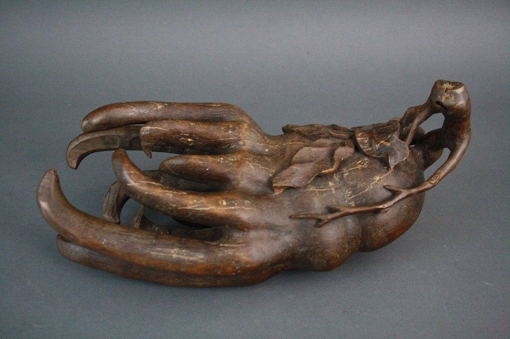 152: 19th Century Chinese Bamboo Hand